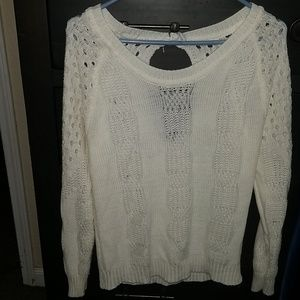 Sweaters - White lightweight sweater with back cutout medium